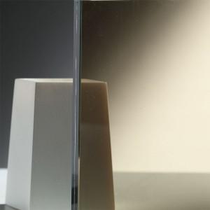 vetro-con-pellicola-marrone-B