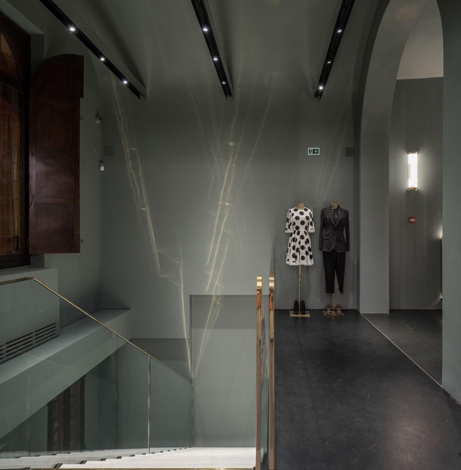 follifollie-bologna-donna-gallery12
